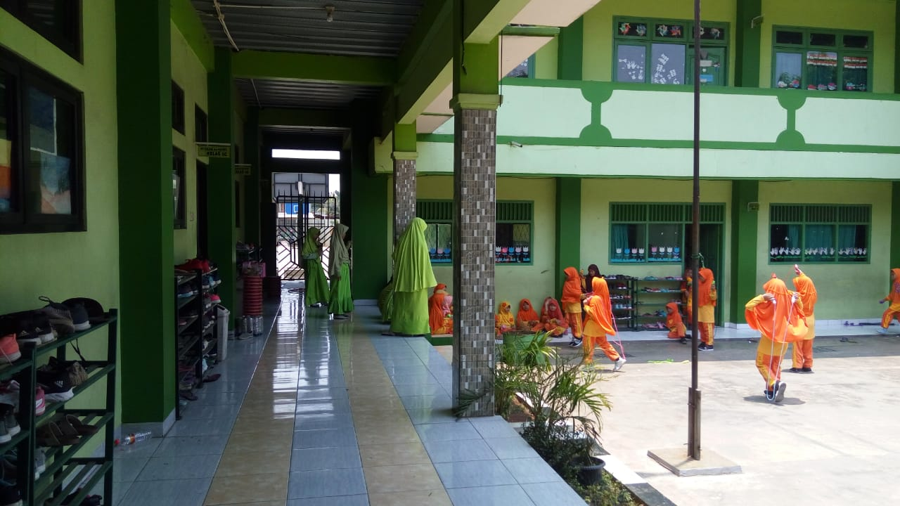 Yayasan Al-Hadiid Cileungsi